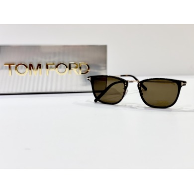 TOM FORD【TF672】