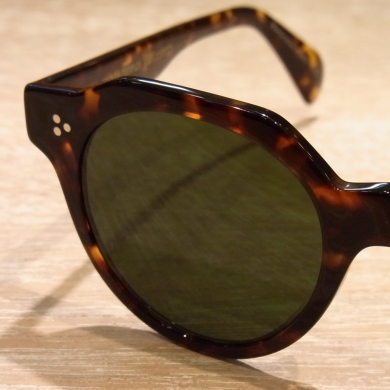 OLIVER PEOPLES「Irven」のご紹介